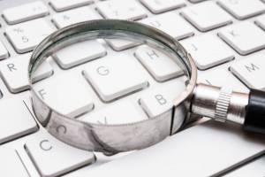 Ottimizzare una pagina web per una determinata keyword vuol dire scalare i risultati dei motori di ricerca
